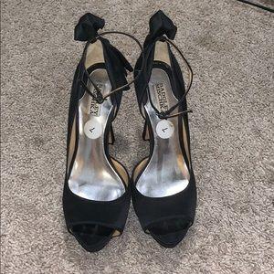 Size 7 Badgley Mischka Heels